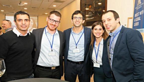 נבחרת החלומות מהפקולטה לניהול, שייצגה בכבוד את אוניברסיטת תל אביב וזכתה במקום הראשון, יוצאת בימים אלו לשווייץ, להתמודד בחצי הגמר.